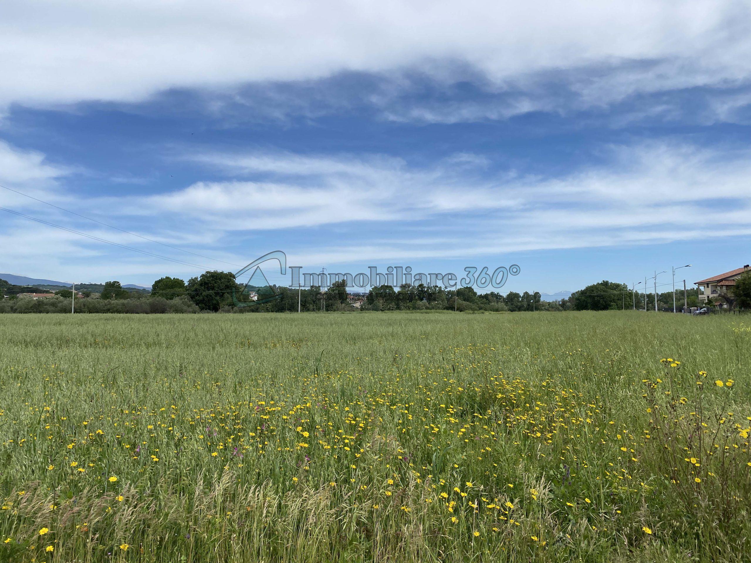 Terreno nella zona industriale di Rende (Cs)